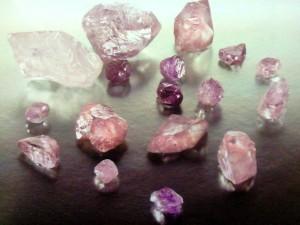 ピンク「ダイヤ群像
